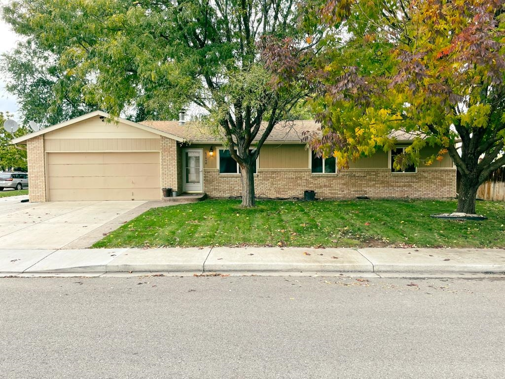 676 1/2 Moorland Circle Grand Junction, CO 81504